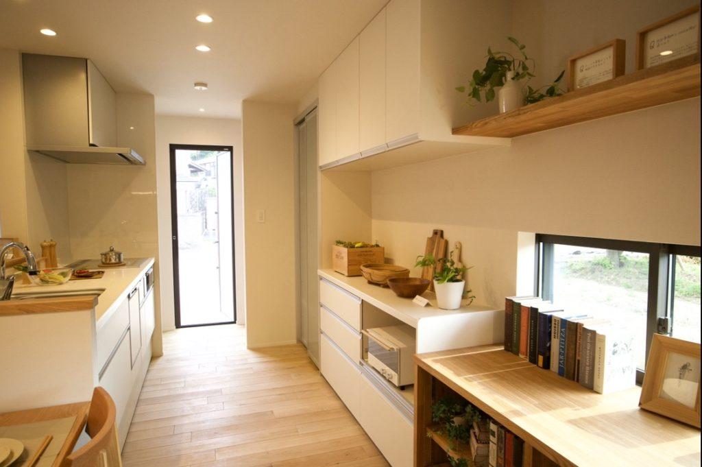 キッチン収納部分写真